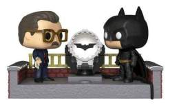 Image Batman - Batman Light Up Bat-Signal 80th Anniversary Movie Moments Pop! Vinyl