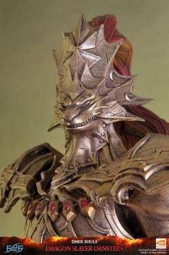 Image Dark Souls - Dragon Slayer Ornstein Statue