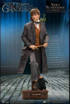 Image Fantastic Beasts 2: The Crimes of Grindelwald - Newt Scamander 1:8 Scale Action Figure