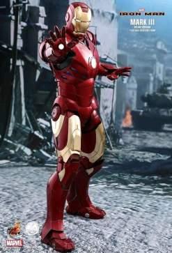 Image Iron Man - Mark III Deluxe 1:4 Scale Action Figure