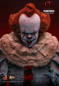 Image It: Chapter 2 - Pennywise with Balloon 1/6 Scale Premium Action Figure