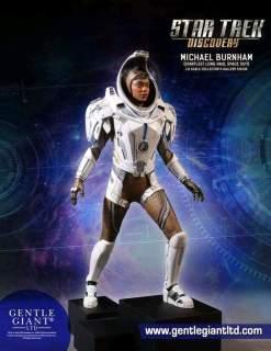 Image Star Trek: Discovery - Michael Burnham Space Suit Statue