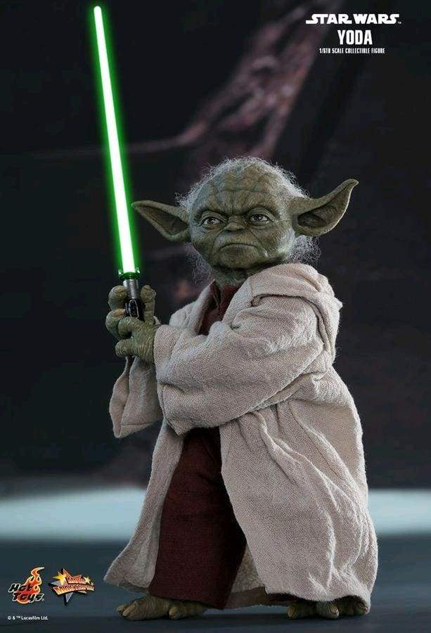 Star Wars – Yoda Episode II Attack of the Clones 1:6 Scale Action Figure